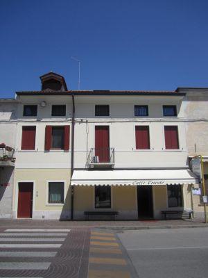 Ristrutturazione fabbricato, residenziale e commerciale a Galliera Veneta (PD)