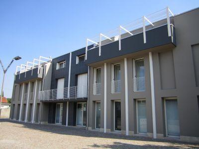 Ristrutturazione e ampliamento di complesso direzionale, commerciale e abitativo in centro a Cittadella (PD)